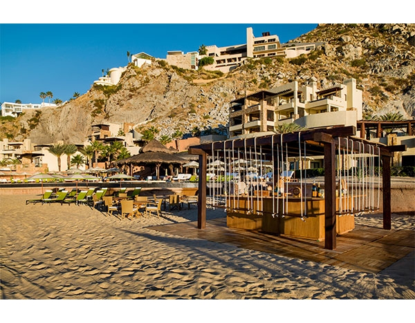 beach bar at Waldorf Astoria Los Cabos Pedragal
